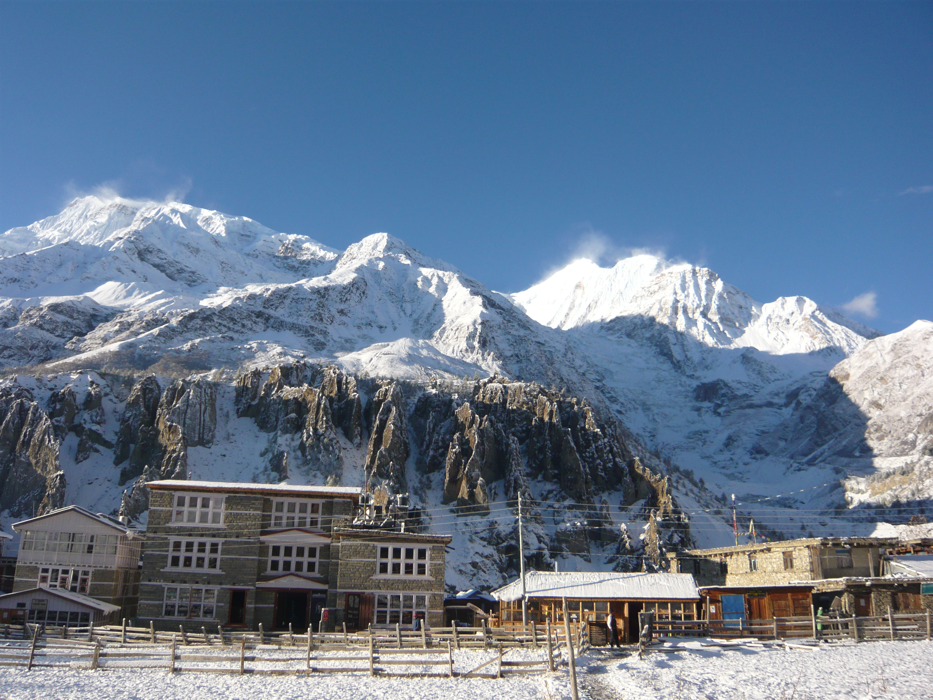 A Fresh Coat Of Snow Over Manang The Thirdeyeworld