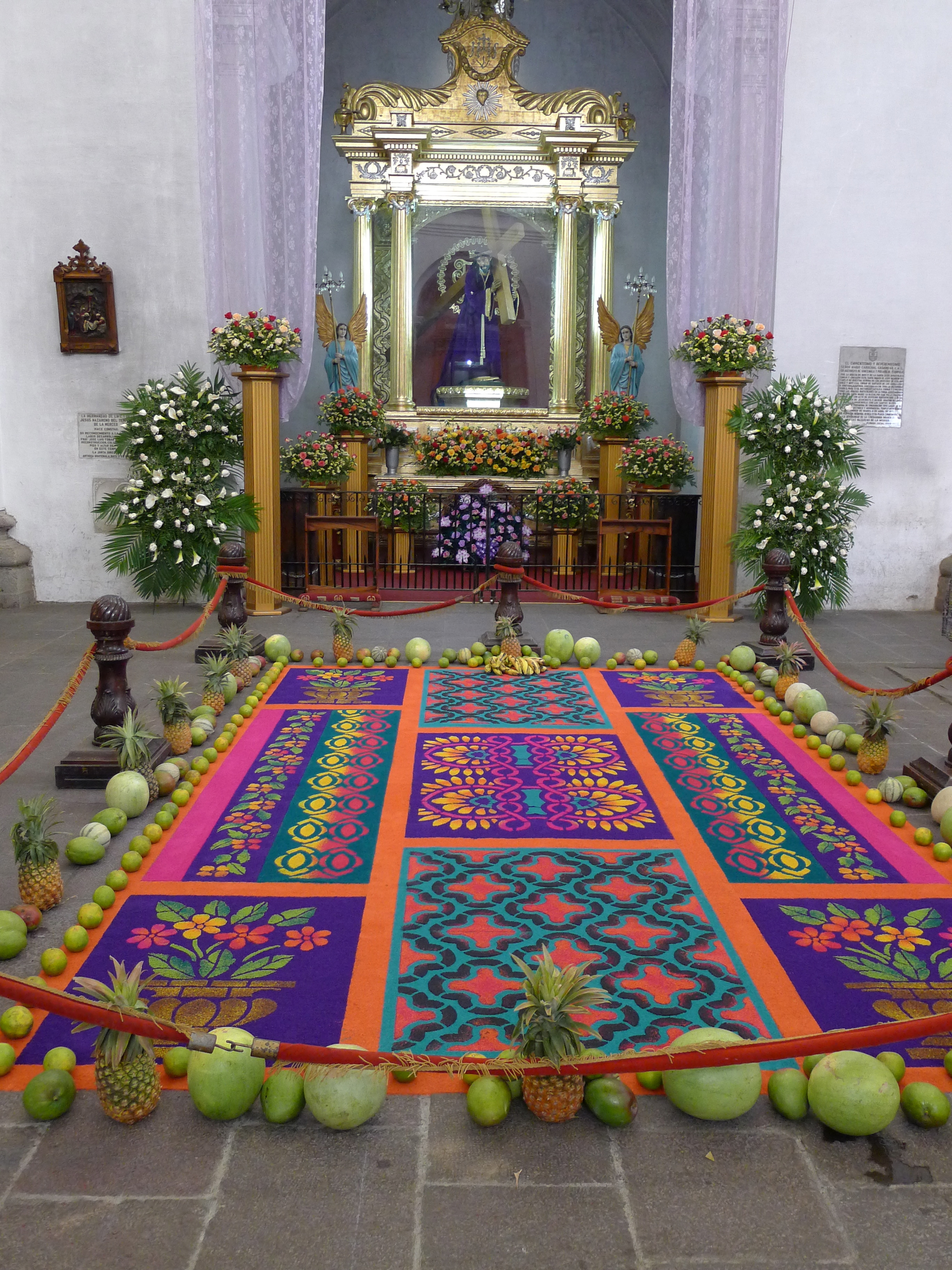 Guatemala s alfombras the thirdeyeworld for Antigua alfombras